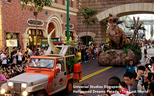 Hollywood Dreams Parade - The Lost World