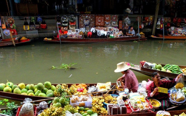 Floating markets of Thailand, shopping in Thailand