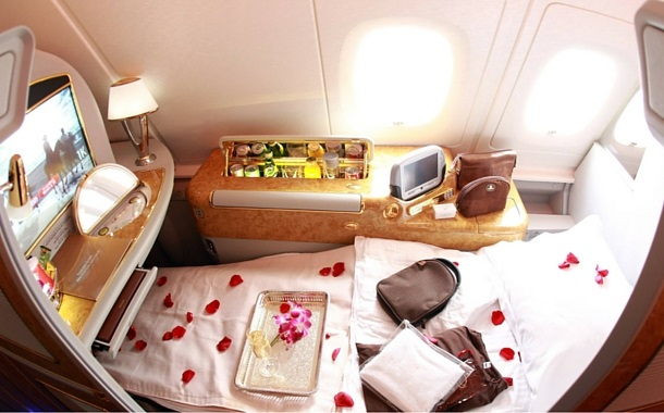 Emirates suite - flat bed in plane