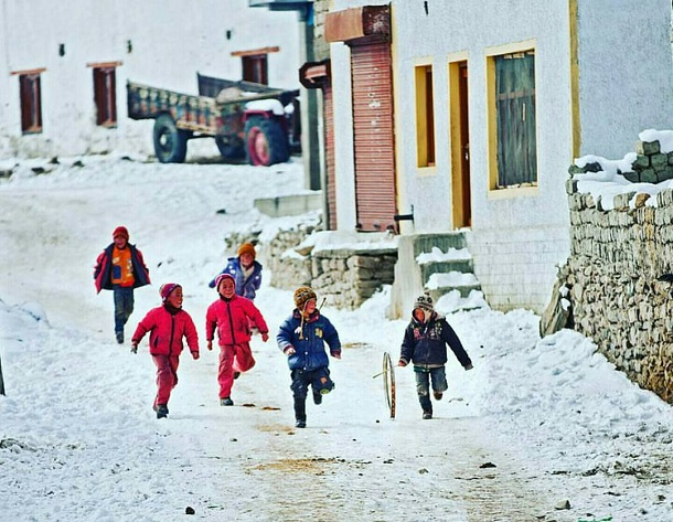 Kids playing, Ladakh